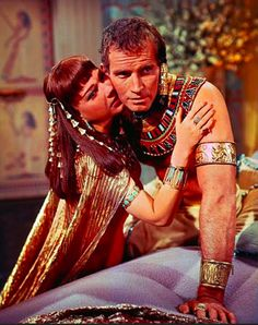 The #TenCommandments (1956) by Cecil B. DeMille with Anne Baxter as Nefretiri and Charlton Heston as Moses