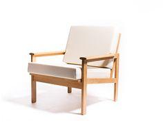 Vintage Illum Wikkelsø Cappella chair – Vintage Furniture Base
