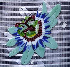 Mosaic Tile Art, Mosaic Glass, Stained Glass, Glass Art, Mosaic Garden, Garden Art, Mosaic Projects, Art Projects, Passion Flower