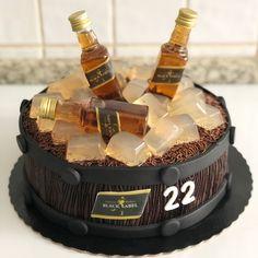Alcohol Birthday Cake, 25th Birthday Cakes, Alcohol Cake, Birthday Cake For Him, Birthday Cakes For Women, Cakes For Men, Whiskey Barrel Cake, Whiskey Cake, Hennesy Cake