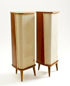 Stereo-Verstärker-Box IV V Speaker-P Grundig Radio-Vertrieb, Audio Design, Speaker Design, Mid Century Modern Furniture, Mid Century Modern Design, Vintage Stereo Console, Wooden Speakers, Audio Room, Mid Century Decor, Furniture Styles