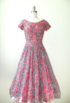 This must look so amazing, on. 1950s and so fresh.