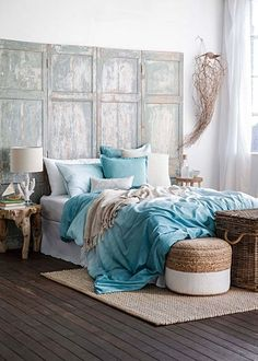 How to redo a bedroom on a budget beautiful bedrooms redo master bedroo Small Garden Inspiration, Interior Inspiration, Chaise Noir Design, Design Loft, Home Budget, Linen Bedroom, White Furniture, Beauty Room, Quilt Cover