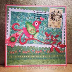 Postcard: * Bird brings love *  Gemaakt met behulp van mijn nieuwe stansmachine! Love it!