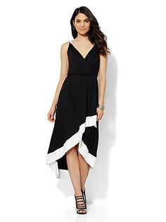 Shop Sleeveless Hi-Lo Midi Dress. Find your perfect size online at the best price at New York & Company.