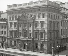 "The Gilded Age Era: The Vanderbilt's ""Marble Twins"""