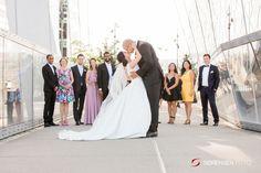 Bryllupsfotografering midt i byen: Barcode, Oslo! Oslo, Wedding Dresses, Inspiration, Fashion, Bride Gowns, Wedding Gowns, Biblical Inspiration, Moda, La Mode