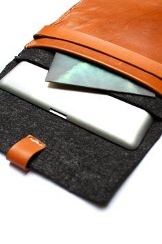 MacBook Air sleeve detail