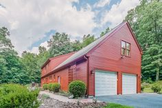 OPEN HOUSE: Saturday, October 3, 2015 1:00 PM - 3:00 PM. View property details for 505 High Ridge Road, Southbury, CT. 505 High Ridge Road is a Single Family property with 4 bedrooms and 2 baths for sale at $512,000. MLS# 99115759.