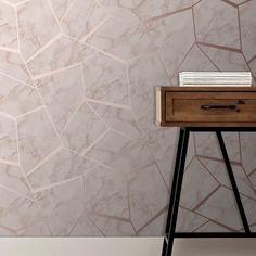 Fractal Geometric Marble Wallpaper Silver - Fine Decor is a Luxury wallpaper from Fine Decor's Marbles Inspire Collection. Geometric Wallpaper Silver, Gold Luxury Wallpaper, Marble Effect Wallpaper, Beige Wallpaper, Wallpaper Uk, Geometric Decor, Paper Wallpaper, Living Room Wallpaper Silver, Room Wallpaper Designs