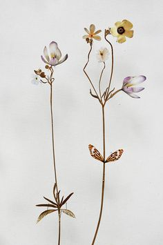 Flower constructions by Anne Ten Donkelaar, made with paperElle Decoration South Africa