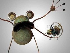 Frog & Fly Junk Sculpture by Matthew Roby Junk Metal Art, Scrap Metal Art, Found Object Art, Found Art, Vintage Robots, Recycled Art, Recycled Materials, Robot Art, Metal Projects