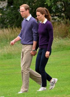 Kate and Will wearing matching purple sweaters and trainers, Fall 2011 ❤