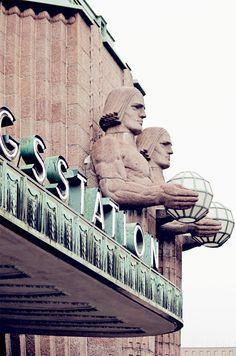 Koti kaupungin laidalla Helsinki Things To Do, Helsinki Airport, Visit Helsinki, Bucket List Destinations, Travel Checklist, Time Travel, Seaside, The Good Place, Cities