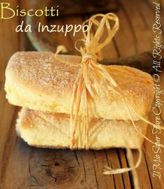 Here you can find a collection of Italian food to date to eat Italian Cookies, Italian Desserts, Italian Recipes, Italian Dishes, Happiness Recipe, Cookie Recipes, Dessert Recipes, Biscotti Cookies, Croissants
