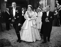 Portugal President Craveiro Lopes (right) with Sir Anthony Eden and the Royal Opera House in October 1955 (PA)