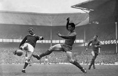 Everton - West Brom 5 - at Goodison Park 1966 Alec Young Goodison Park, West Brom, Everton Fc, Live Matches, Liverpool Football Club, Football Pictures, Funeral, Victorious, Thriller