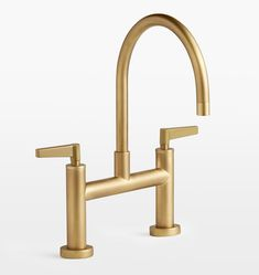 Brass Faucets (Bathroom + Kitchen) — Light & Dwell American Kitchen Design, New Kitchen Designs, Bathroom Interior Design, Kitchen Interior, Bathroom Designs, Diy Kitchen Flooring, Kitchen Remodeling, Remodeling Ideas, Garden Route