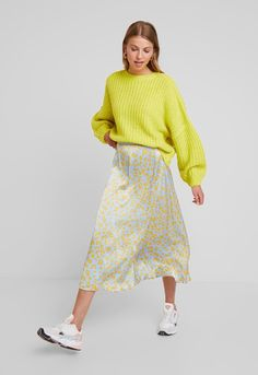 Even And Odd, Midi Skirt, Normcore, Skirts, Vintage, Clothes, Style, Fashion, Ribe