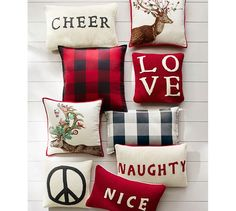 winter-berry-buck-pillow-cover-c