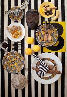 www.cewax.fr aime cette décoration afro tendance, style ethnique, tissus africains. Dans le même style, visitez la boutique de CéWax : http://www.cewax.fr/ #wax, #ankara, #kente, #kitenge, #bogolan, #AfricanHome, #ethnotendance, #AfricanPrints -