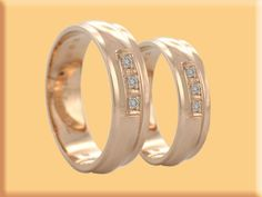 his and her wedding bands Let's Get Married, Dress Cake, Beautiful Wedding Rings, Dream Ring, Wedding Bands, Jewels, Engagement Rings, Accessories, Arizona