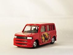 TAKARA TOMY TOMICA DISNEY Toyota bB SCION XB THE INCREDIBLE D-05 Diecast Car Figure Limited Edition Red