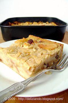 Torta di pane, uvetta e pinoli