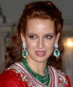 Joyas del Mundo Árabe,  Lalla Salma, Princesa de Marruecos, con espectaculares aretes de esmeraldas y diamantes.