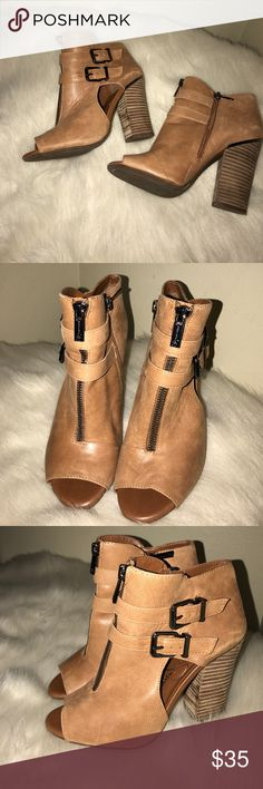 Jessica Simpson Jessica Simpson Heels. Used - in good condition. Size 6. Jessica Simpson Shoes Heels
