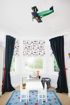 Fun bay window dressing for a boy's bedroom. www.mybespokeroom.com