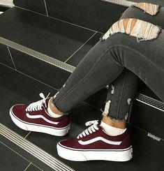 Women shoes For Fall Winter - - Women shoes Sneakers Fashion - - Sneakers Vans, Moda Sneakers, Sneakers Fashion, Vans Shoes Outfit, Vans Outfit Girls, Casual Sneakers, Trendy Shoes, Cute Shoes, Me Too Shoes