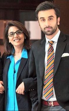 Ranbir Kapoor and Neetu Singh mom and son Bollywood Gossip, Bollywood Stars, Bollywood News, Bollywood Fashion, Bollywood Actress, Katrina Pic, Bollywood Love Quotes, Neetu Singh, Rishi Kapoor