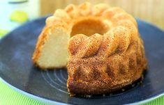 Tässä kuivakakussa on kunnolla sitruunan makua. Bakewell Tart, Sweet Bakery, Sweet Pastries, Little Cakes, Lemon Curd, Sweet And Salty, Coffee Cake, Yummy Cakes, No Bake Cake