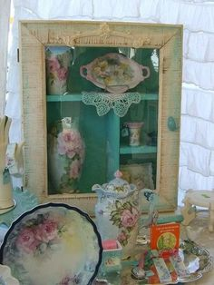 Pretty little cabinet, would look nice with floral dishes. Lady-Gray-Dreams