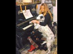 A-Bazoches-au-piano.jpg 629 × 470 pixels