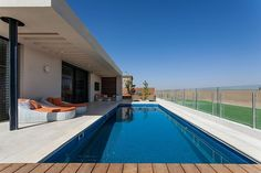 poolresidencelucianosantandreu22 When Free Movement and Harmony Collide: Pool Family Home in Israel