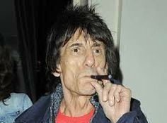 Google Image Result for http://e-cigarette-review.net/images/ronnie-wood-e-cigarette.jpg
