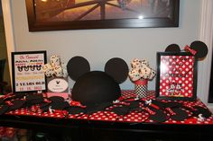 Mickey and Minnie Mouse Party #mickeyminnie #party