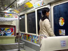 Poket Monster Tokyo monorail, october 2013 - photo by thattime.ch blog <3