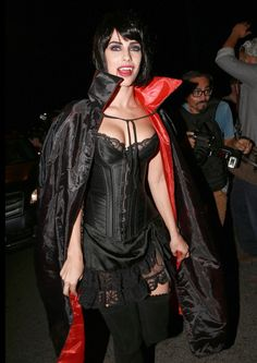 Pin for Later: Rande Gerber and Cindy Crawford Host the Ultimate Star-Studded Halloween Bash Jessica Lowndes as a Vampire