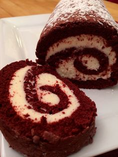 Just Desserts, Delicious Desserts, Red Velvet Cake Roll, Cake Roll Recipes, Dessert Recipes, Moist Cakes, Christmas Cooking, Sweet Cakes, Cupcake Cakes