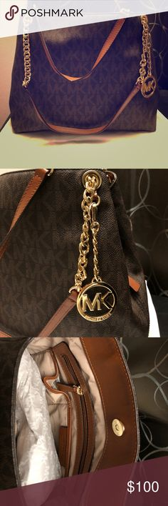 Michael Kors (Jet Set Logo Shoulder Bag) Back zip pocket, front slit pocket. Only used once. KORS Michael Kors Bags Shoulder Bags