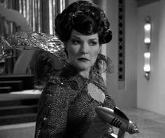 Captain Janeway as Queen Arachnia