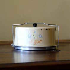 1940s Vintage Cake Carrier // Cream Sweets by 86home on Etsy, $34.00