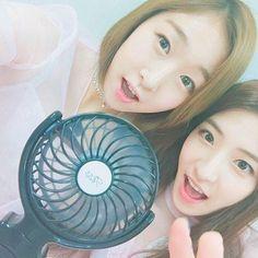 오늘 컴백 무대도 끝!😊✌🏼️ 여러분~ 덥죠!!! 저희 바람이 전해지나요~~💨 #우주스타그램 #우주소녀 #수빈