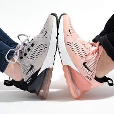 Update your sneaker style with this Nike Air Max 270 Women's Shoe in pink. One of the most popular Nike sneakers of 2018.