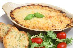 Ricetta lasagna di pane - La ricetta per preparare la lasagna di pane: una ricetta davvero deliziosa, nutriente e sana che recupera anche il minestrone avanzato.