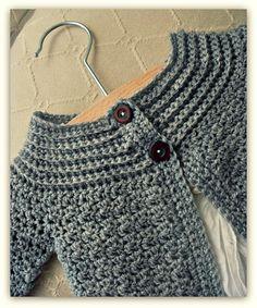 Ravelry: Classic Baby Cardigan pattern by Lisa van Klaveren