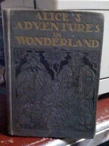 1925 Alices adventures in Wonderland, : Through the looking-glass, The hunting of the snark, : Lewis Carroll: Amazon.com: Books